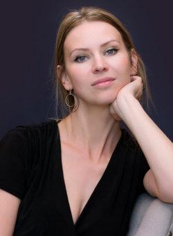 ANNA JAKUBIAK